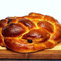 Best Challah (Egg Bread) by Smitten Kitchen (our favorite bread to ...
