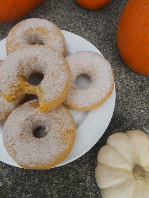 Pumpkin Spiced Baked Doughnuts | Food | Pinterest