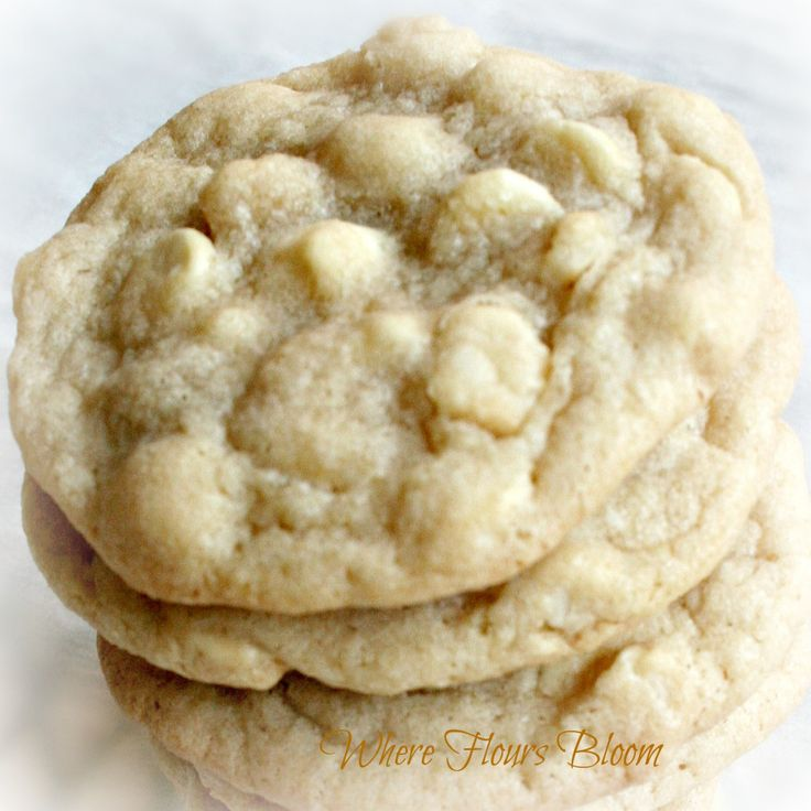 White Chocolate Macadamia Cookies | Dessert | Pinterest