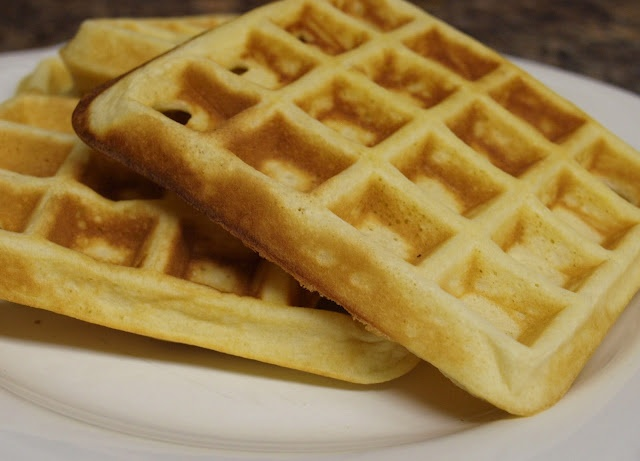 Easy waffles from scratch! Yum | Recipes / Food | Pinterest