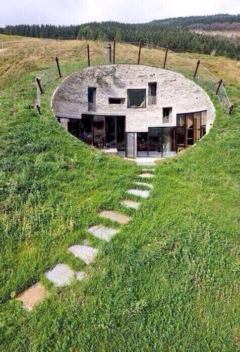Home Built Into The Side Of A Hill Love It Pinterest