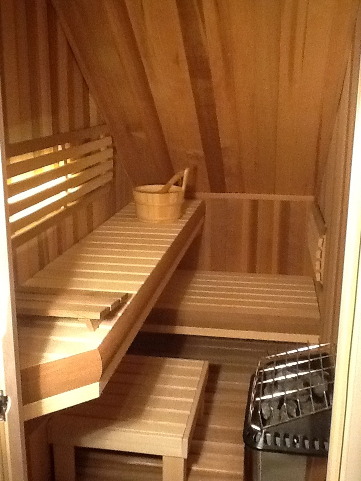 How to use the space under the stairs for the home for How to use the space under staircase