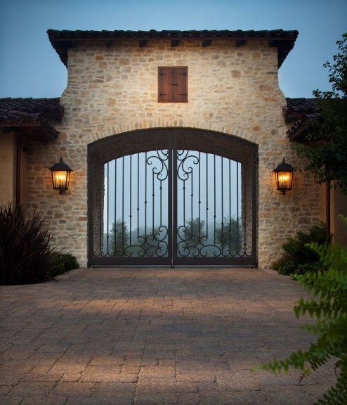 Pin By Belgard Hardscapes On Welcoming Driveways Pinterest