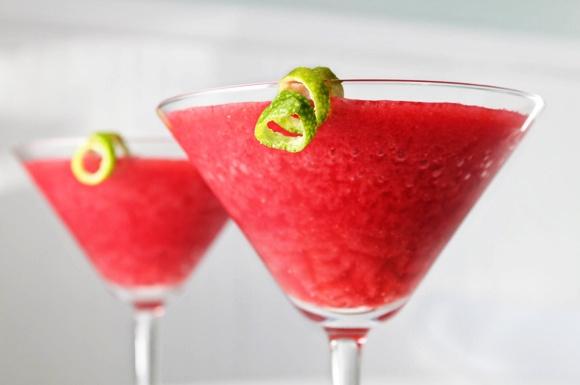 Frozen Berry Daiquiri | Drink It Up | Pinterest