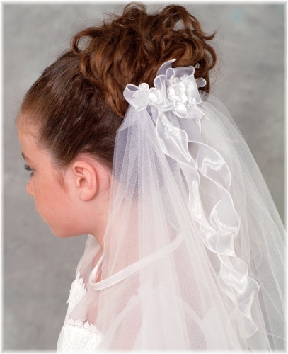 First Communion Updo Hairstyles | HAIRSTYLE GALLERY