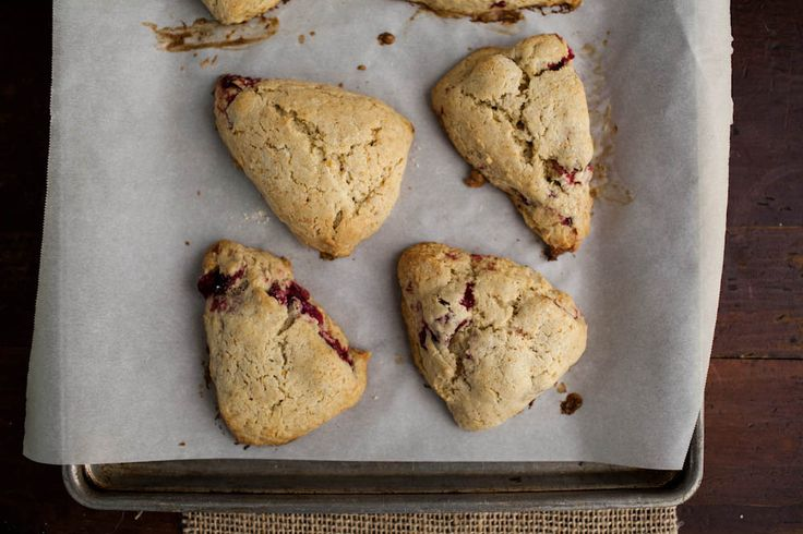 Naturally Ella | Roasted Cranberry & Vanilla Bean Einkorn Scones