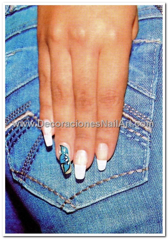 diseño de uñas pinceladas