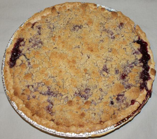 Peach Blueberry Streusel Pie | Recipe