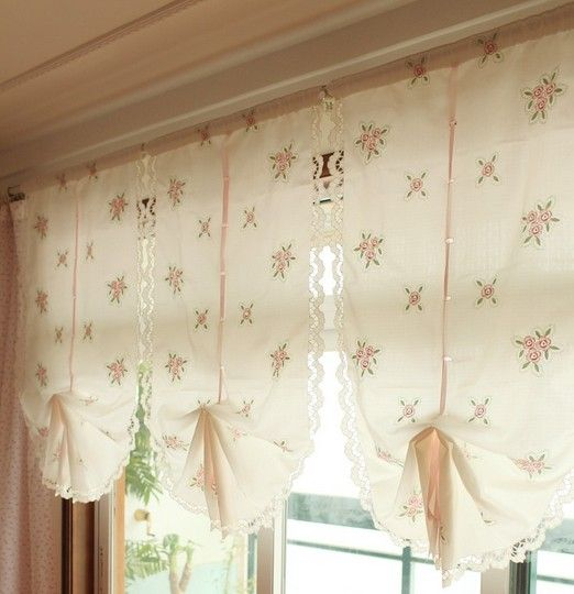 Balloon curtains always add a splash of freshness to any space.
