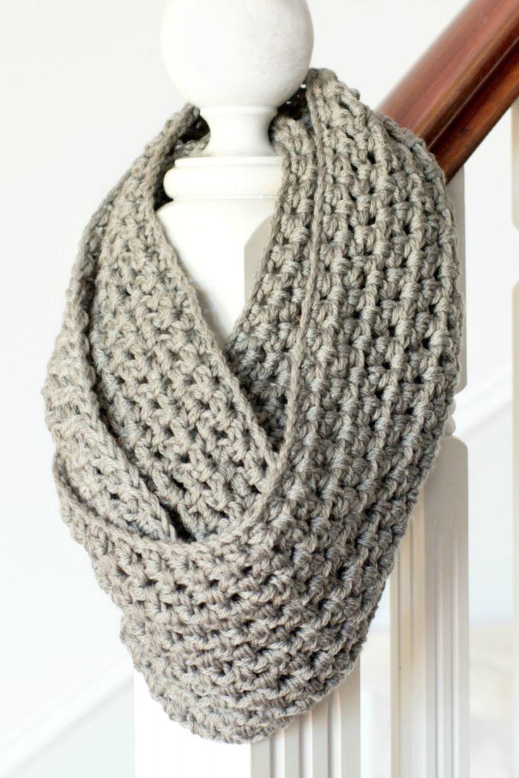 Crocheting Infinity Scarf : Basic Chunky Infinity Scarf Crochet Pattern via Hopeful Honey