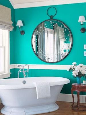 Turquoise bathoom