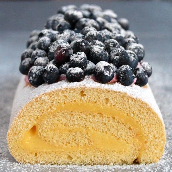 Meyer Lemon Mascarpone Cake Roll - http://www.pindandy.com/pin/1838/