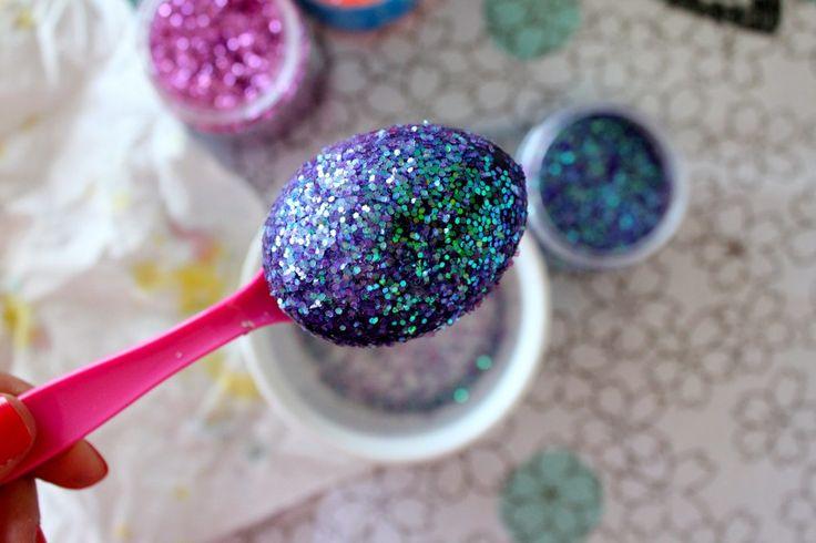 Glittered Easter eggs | Crafts - Glitter | Pinterest