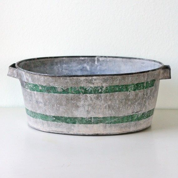 Vintage galvanized tub with green stripes for Old galvanized bathtub