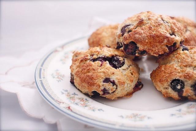 blueberry almond scones blueberry almond scones recipe dishmaps almond ...