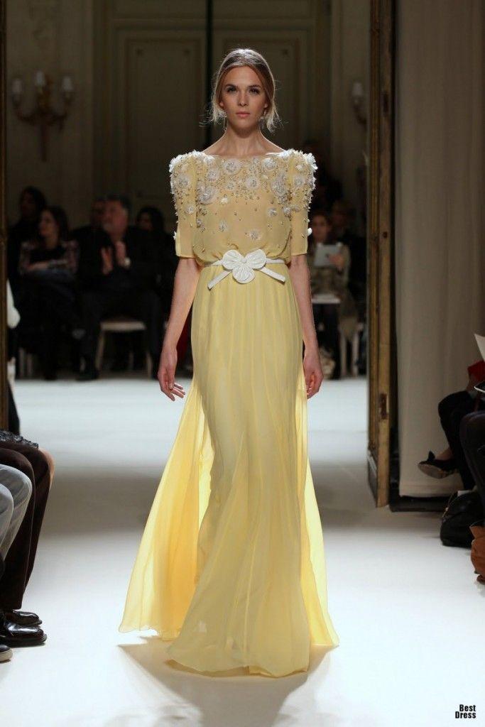 shoulder handbags  Aya Hisham on Dresses