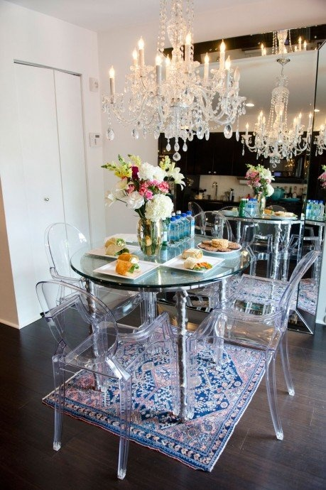 Glam dining room hollywood glam decor pinterest for Glam dining room ideas