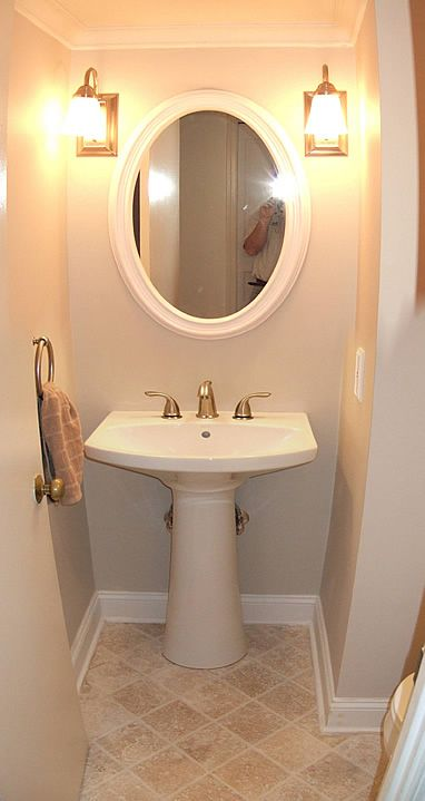 Small bathroom ideas floor color half baths pinterest for Bathroom design 3x5