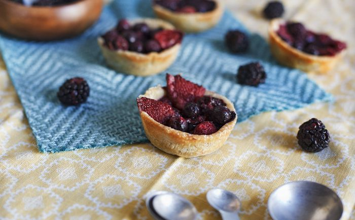 Mixed berry tartelettes:-) | Healthy sweet pleasure | Pinterest