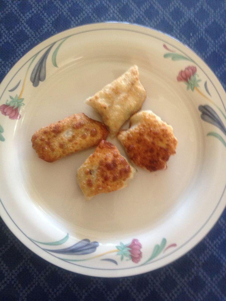 Philly Cheesesteak Wonton Bites   Wonton wrapper recipe   Pinterest