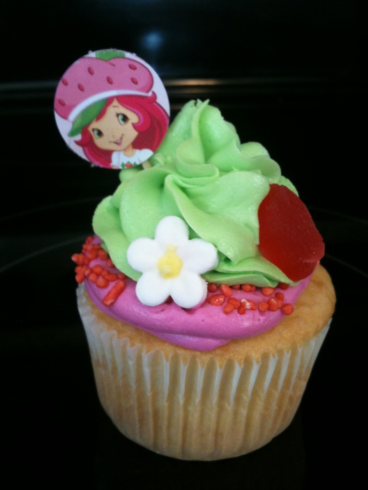 Strawberry Shortcake cupcakes | Cake Couture Kitchen | Pinterest