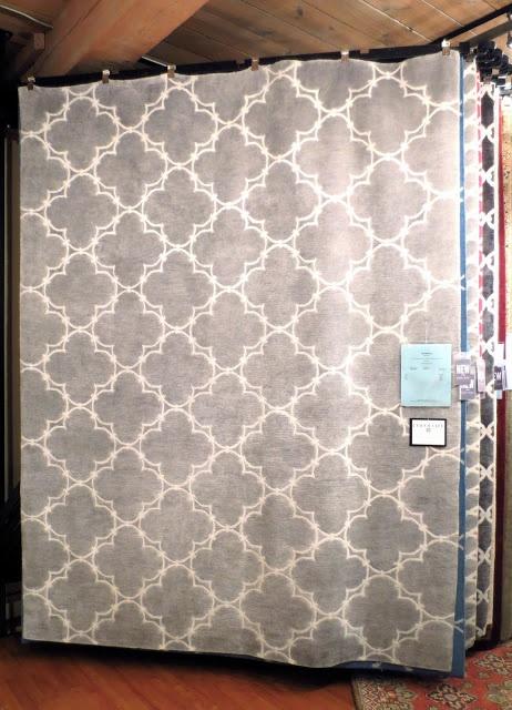Gray quatrefoil rug