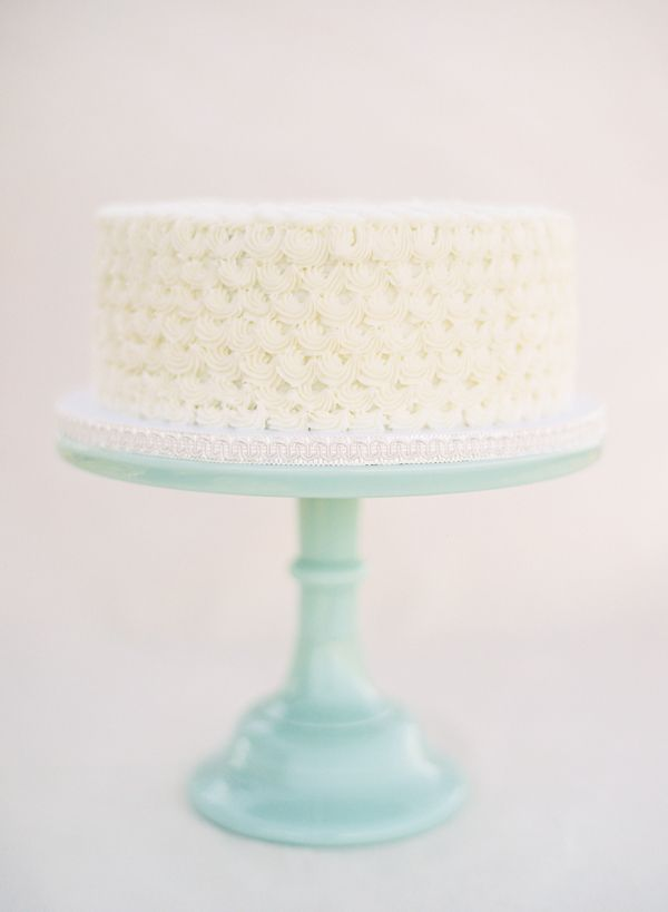simple white wedding cake | on occasion | Pinterest
