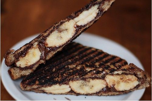 grilled banana and nutella sandwich | Cooking ideas | Pinterest
