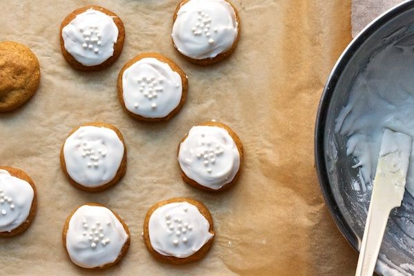iced gingersnaps | Cookies! | Pinterest