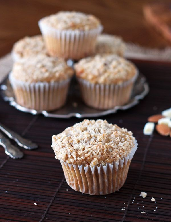 Whole Wheat Almond Streusel Muffins Oh Muffin!! You are so cute, so ...
