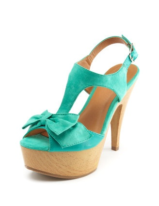 need turquoise shoes