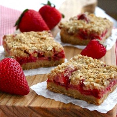 Strawberry Rhubarb Crisp Bars   To try   Pinterest