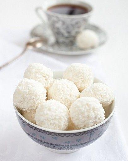 White Chocolate Coconut Truffles | Sweet Treats | Pinterest