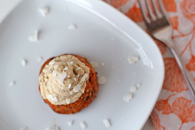 Raw Carrot Cake Cupcakes [For the Love of Food] vegan (obvy)