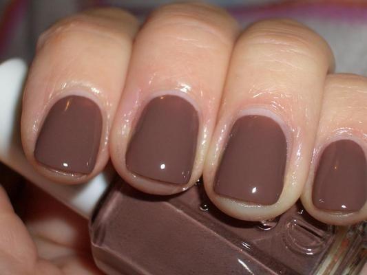 new favorite color... essie hot cocoa