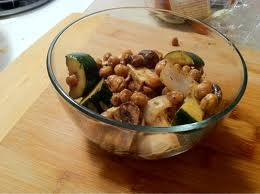 Quick meal: Water sauté mushrooms and a tin of chickpeas with onion ...