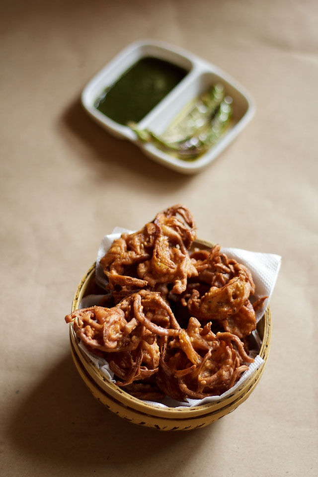 Onion Pakoras or Onion Fritters | Recipe