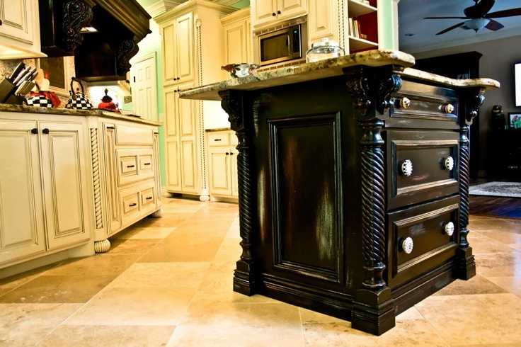 Black kitchen island distressed back to green and red https  www