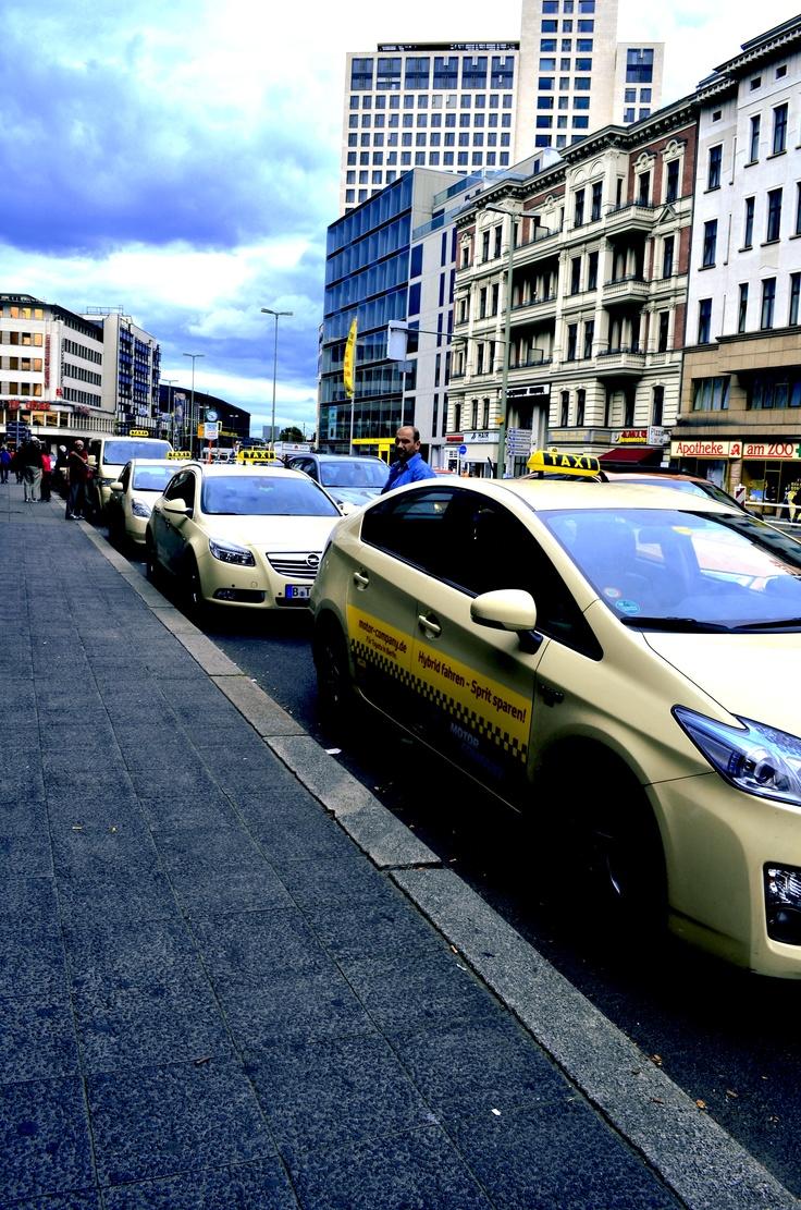 taxis in berlin b o n v o y a g e pinterest. Black Bedroom Furniture Sets. Home Design Ideas