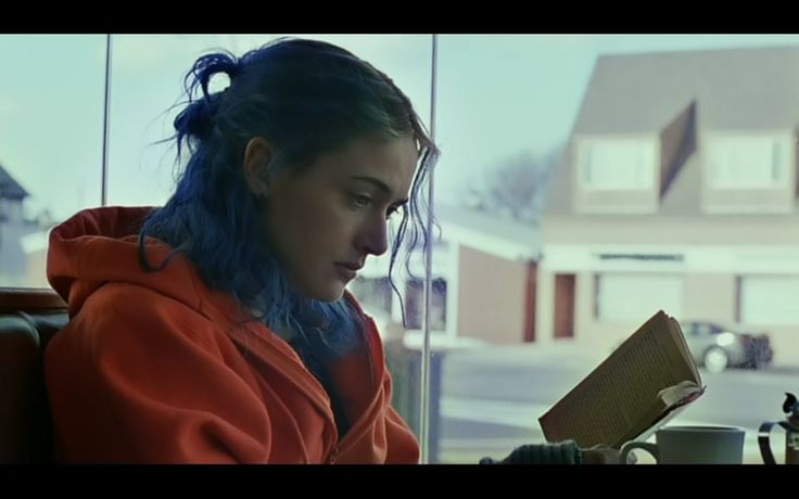 Clementine Kruczynski (Kate Winslet) in 'Eternal Sunshine of the ... Kate Winslet