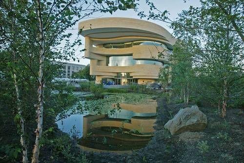 Doug Cardinal - A great organic architect!