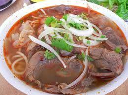 Bun Bo Hue- Spicy Vietnamese Beef Noodle soup. My aunt's recipe ...