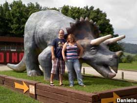 Dinosaur World In Cave City Kentucky America Travel