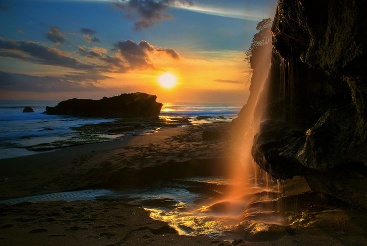 Bali - Solitude by Jose Hamra, via 500px