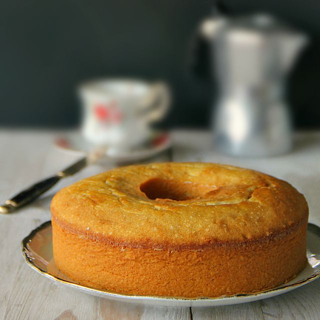 cream cheese vanilla rum pound cake