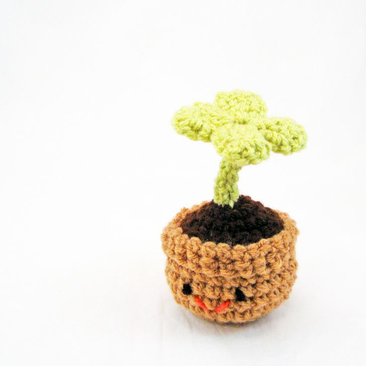 Free Crochet Patterns Four Leaf Clover : 4 leaf clover amigurumi Crochet Pinterest