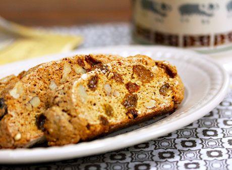 Whole-wheat-walnut-raisin-biscotti-slice | Food and Fun | Pinterest