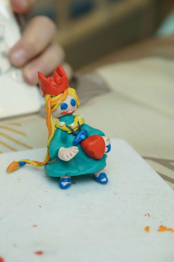 Принцесса своими руками из пластилина