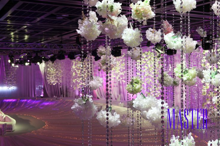 Arabic wedding stage design maybe someday pinterest for Arabic stage decoration