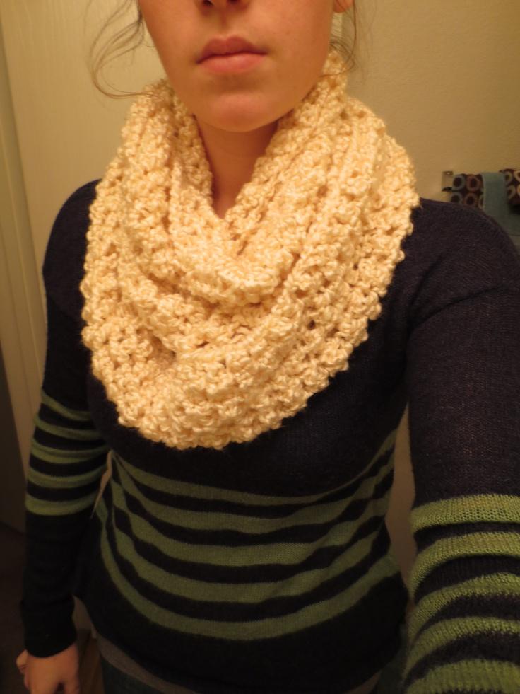 Knit Scarf Pattern Homespun Yarn : Shiny Cream Infinity Scarf Lion Brand Homespun Yarn ...